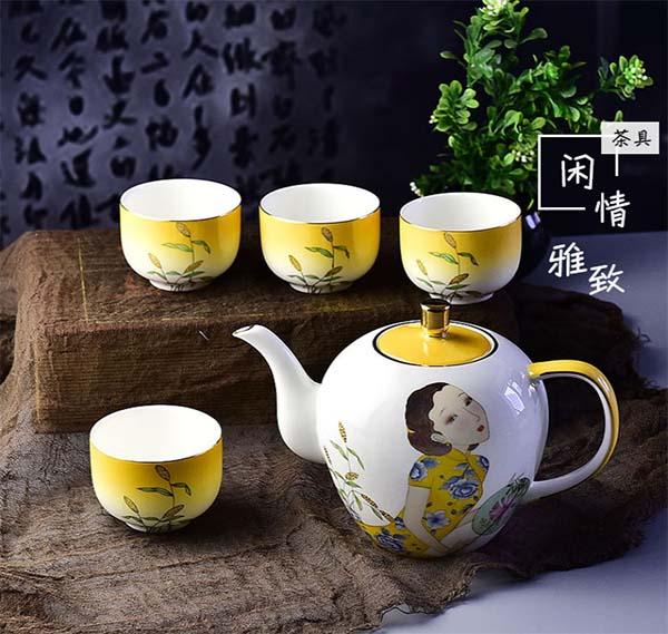 手绘骨瓷茶具 大容量茶壶