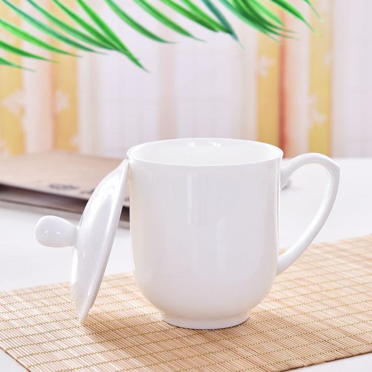 纯白带碟骨瓷盖杯