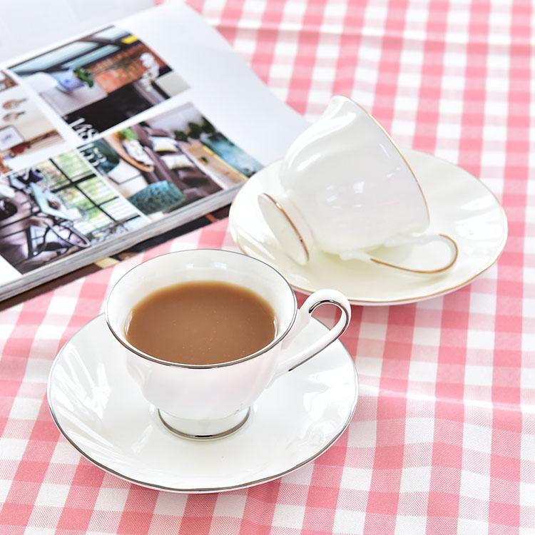 金边斜纹骨瓷咖啡杯碟